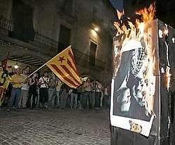 Burning the King at a Catalan protest