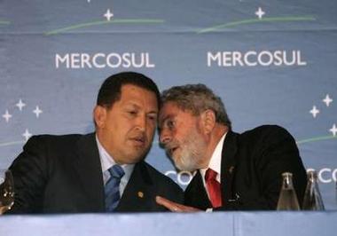 Chavecito and Lula chatting