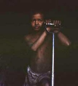 A Colombian child miner