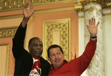 Danny Glover and Hugo Chavez get righteous in church!