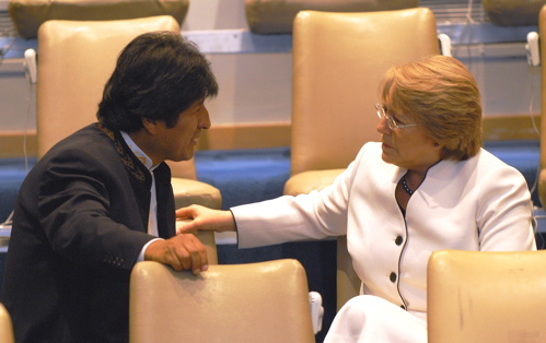 Evo and Michelle Bachelet at the UN