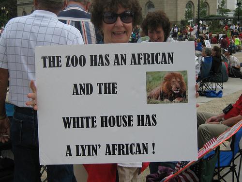 zoo-racist2.jpg